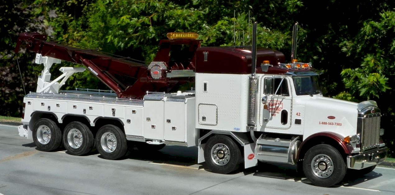 Autocar and a 750 holmes twin steer pinterest heavy truck tow truck and rigs